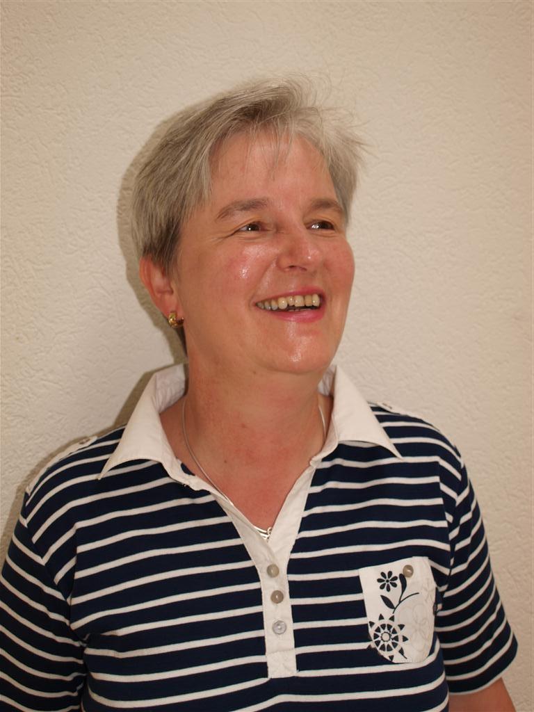<b>Elke Essig</b> - Elke-Essig-1-Vorsitzende-Mittel-e1344604773200